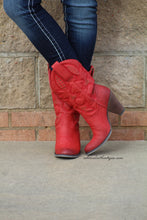 Very Volatile | Dallas Cowgirl Boots Red