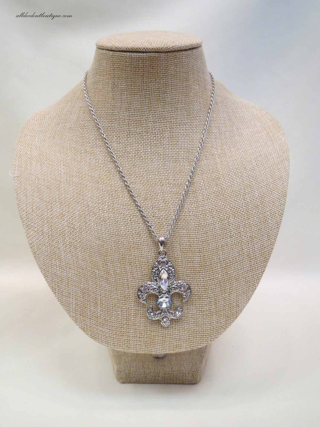 ADO | Fleur De Lis Necklace Silver - All Decd Out
