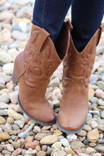 Very Volatile | Dallas Cowgirl Boots Brown