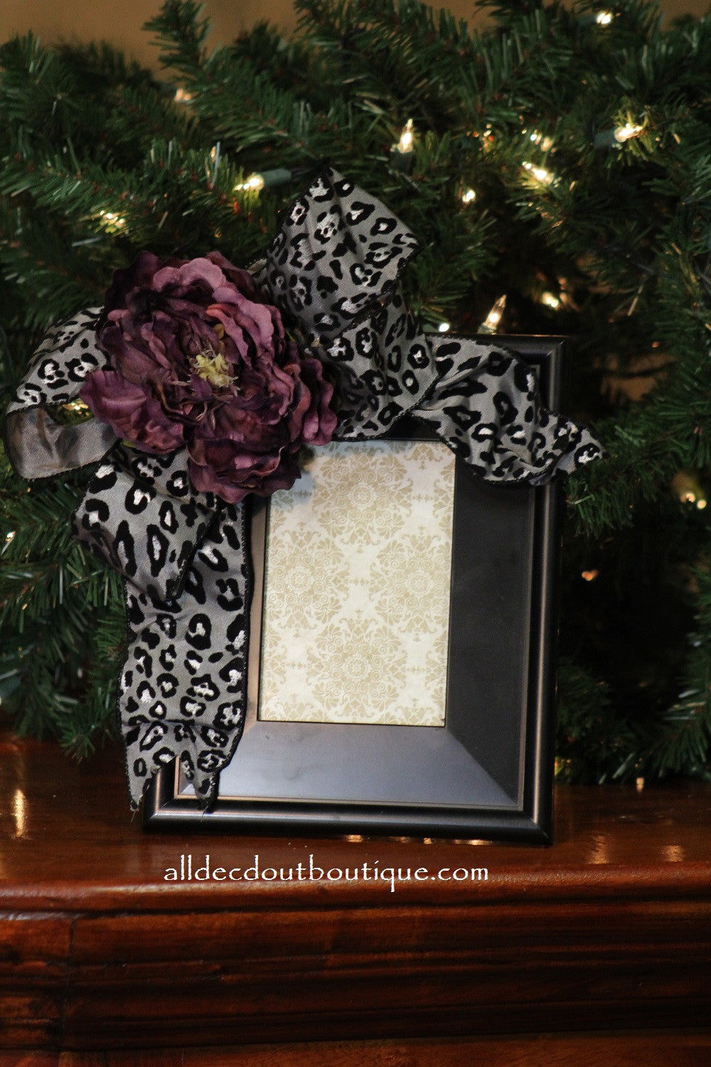 Picture Frame Grey/Black Leopard Print Bow Purple Flower