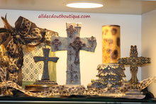 Table Decor Glorify the Lord Cross