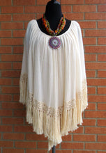 Elan | Poncho with Fringe Cream