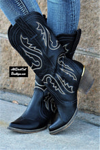 Very Volatile | Raspy Cowgirl Boots Black