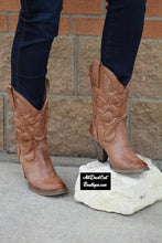Very Volatile | Denver Cowgirl Boots Tan