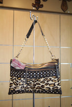 Luxcessories Inc. | Safari with Hide Messenger Leopard