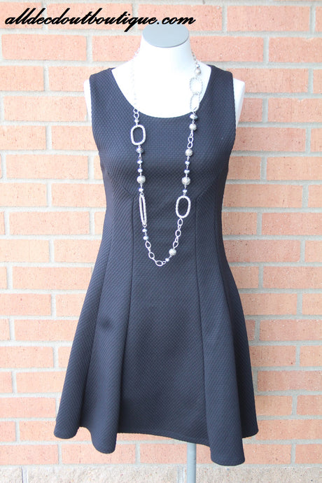 Double Zero | Black Sleeveless Knit Dress
