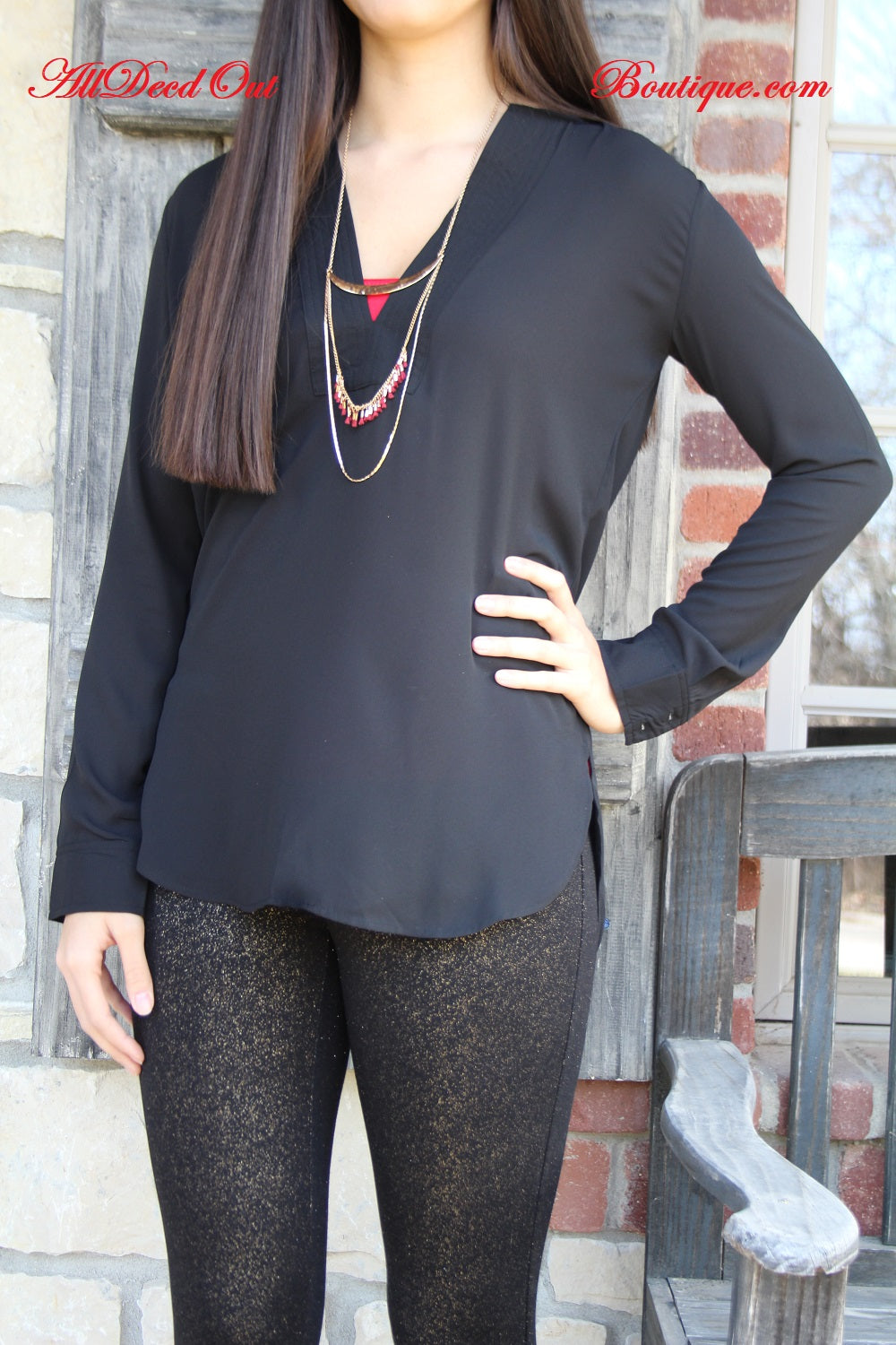Lumiere | Black V-Neck Long Sleeve