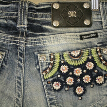 Miss Me | Flower Shorts