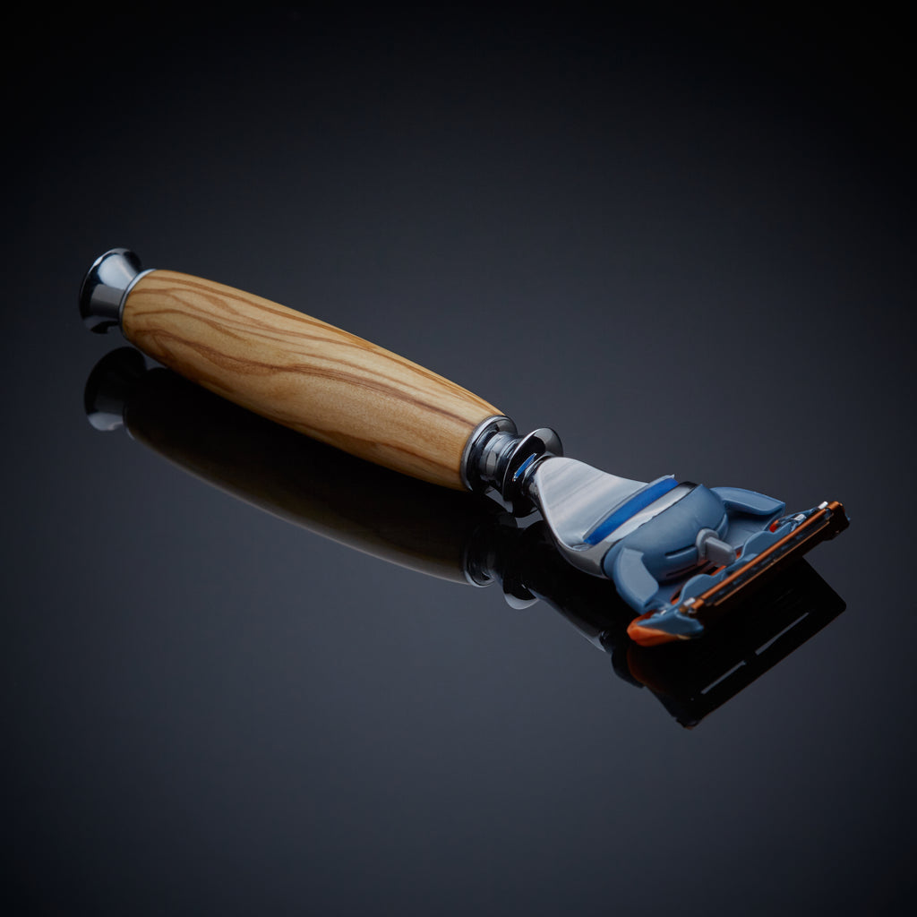 The Atlas Razor (Olivewood)