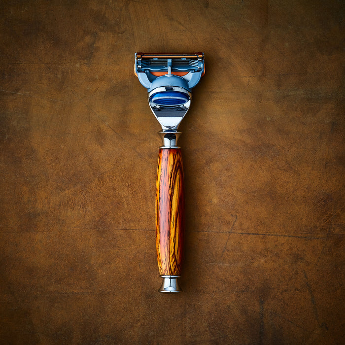 Gillette Fusion wooden razor in Rosewood for wetshave