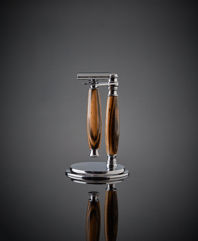 wooden shaving kit stand and safety razor