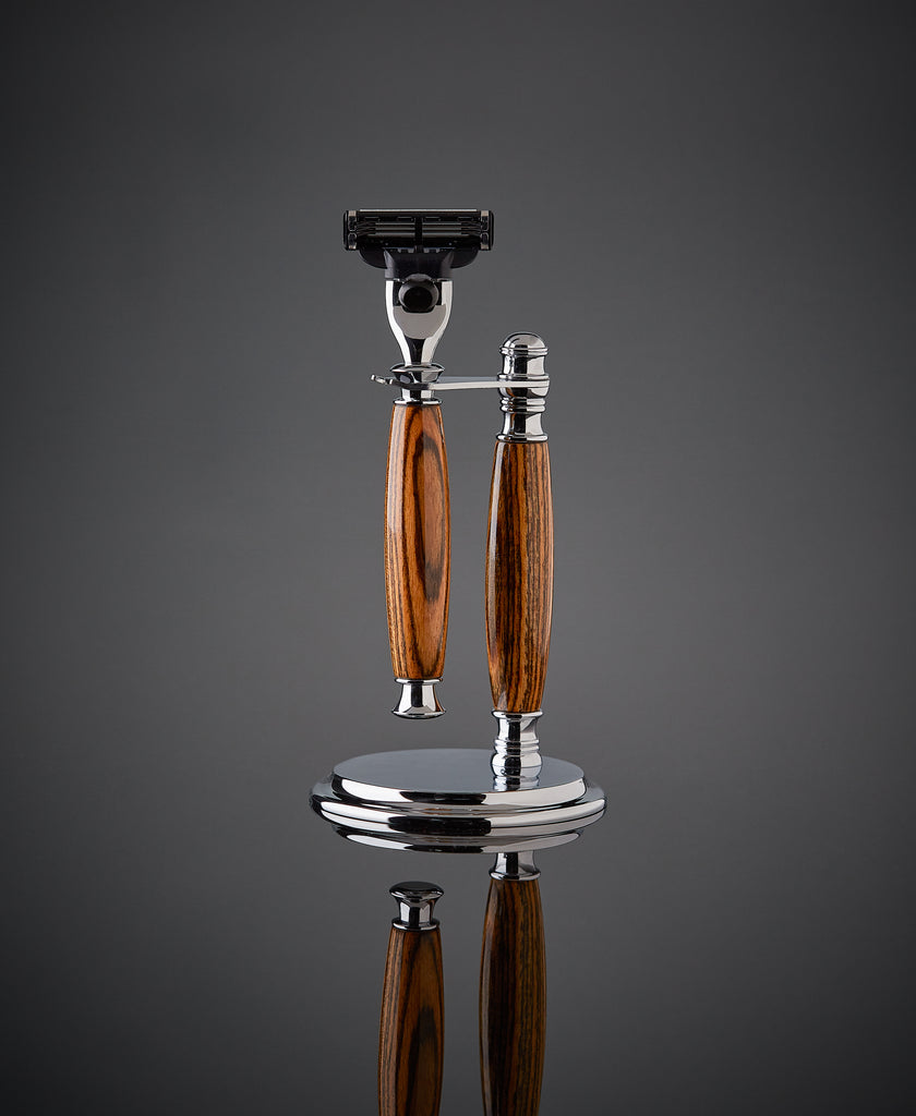 Shaving set razor and stand for Gillette Mach 3 and Venus. Proudly made in the USA