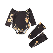 Load image into Gallery viewer, Newborn Off Shoulder Flower Romper Outfits Set