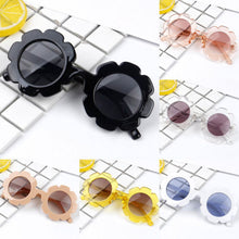 Load image into Gallery viewer, Stylish Retro Round Sunglasses