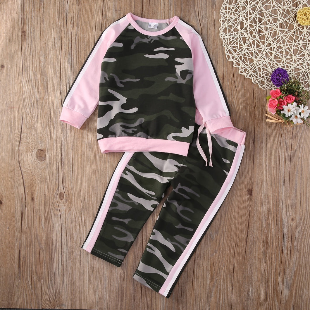 New Summer Sporty Camouflage T-shirt Tops and Pants Outfits