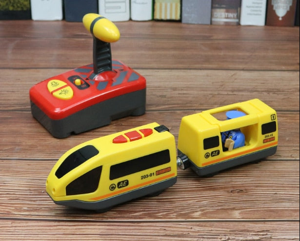 Remote Train Magnetically Connected Toy