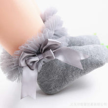 Load image into Gallery viewer, Baby Princess Bowknot Lace Floral Socks
