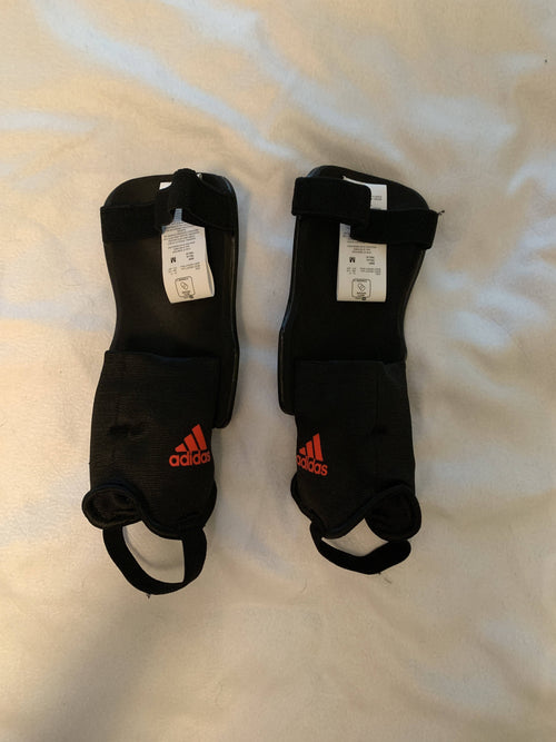 Adidas Shin Guards size M