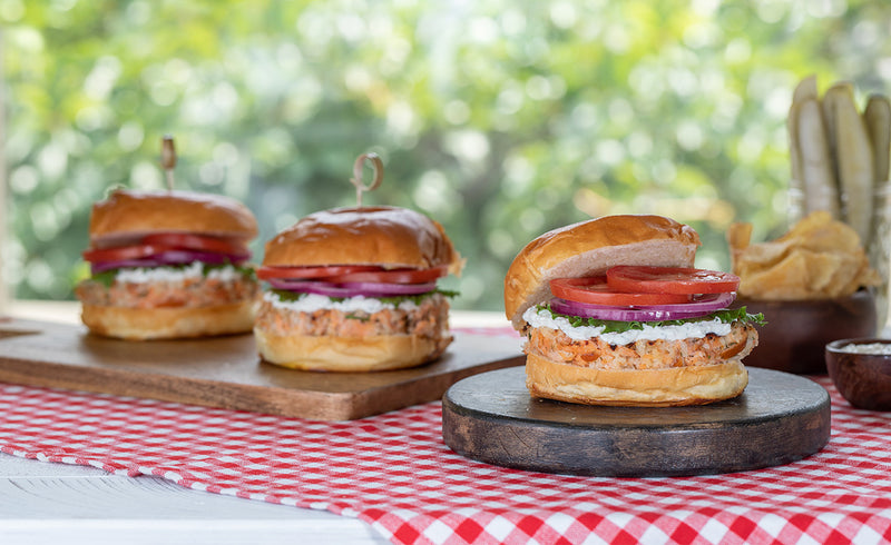 Honey Smoked Salmon® Burgers with Lemon Dill Aioli