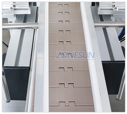Conveyor Belt of Automatic Capping Machine With Cap Feeder