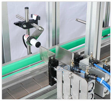 Electric Eye of Desktop Capping Machine With Cap Feeder