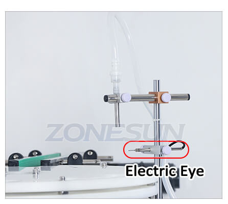 Filling Nozzle of Small Bottle Filling Capping Machine With Conveyor