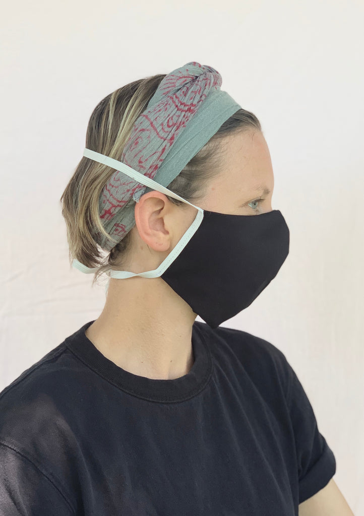 Face Mask with Elastic Tie