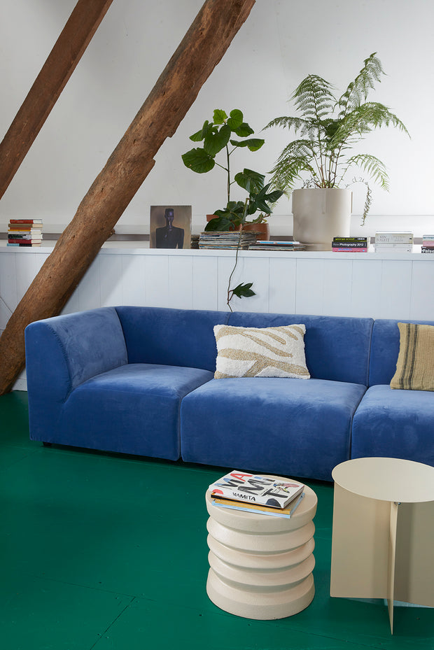 jax couch: element hocker, royal velvet, blue