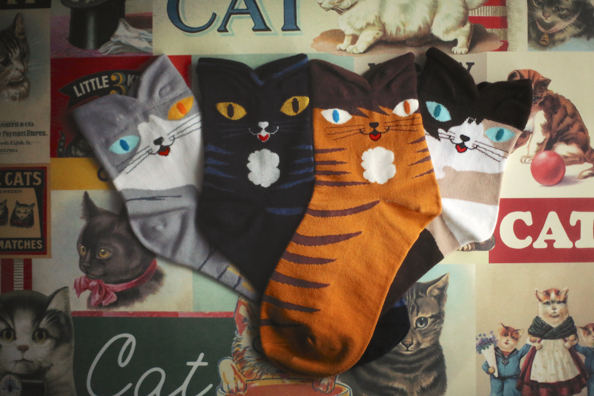Pointy eared kitty cat ankle socks - Ice Cream Cake