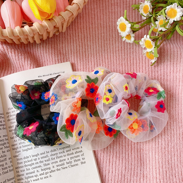 Sheer Embroidered Daisy Scrunchie (3 Colours)