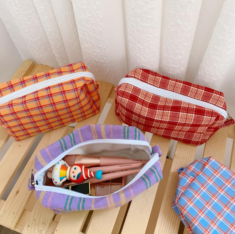Tartan Check Zipper Pouch (9 Colours)