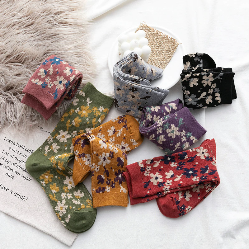 Vintage Florals Ankle Socks (7 Colours)