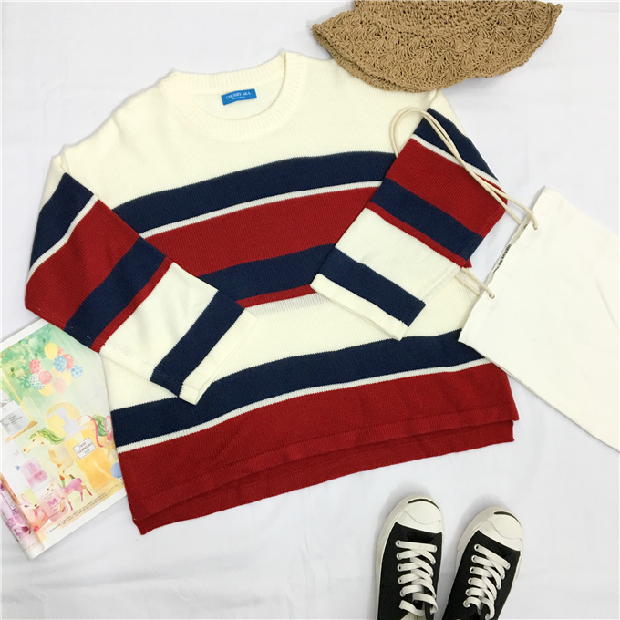 Red and Blue 90s Knit Pullover - Ice Cream Cake