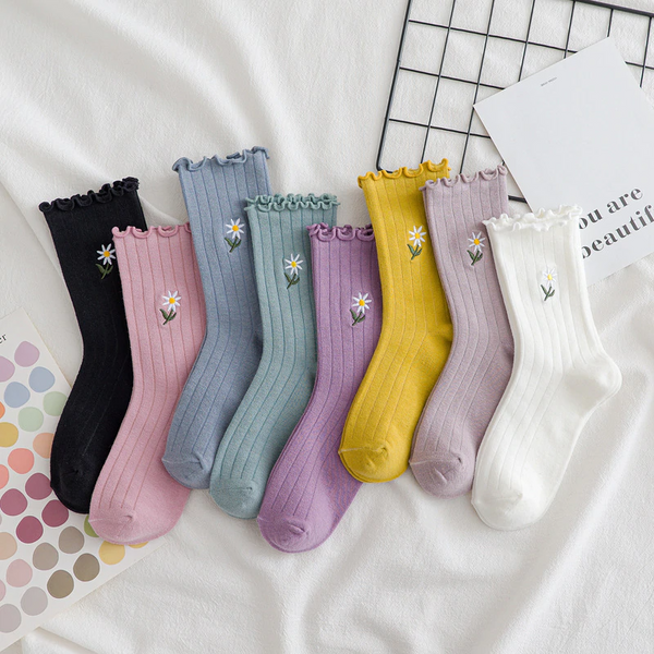 Daisy Ruffle Socks (8 Colours)