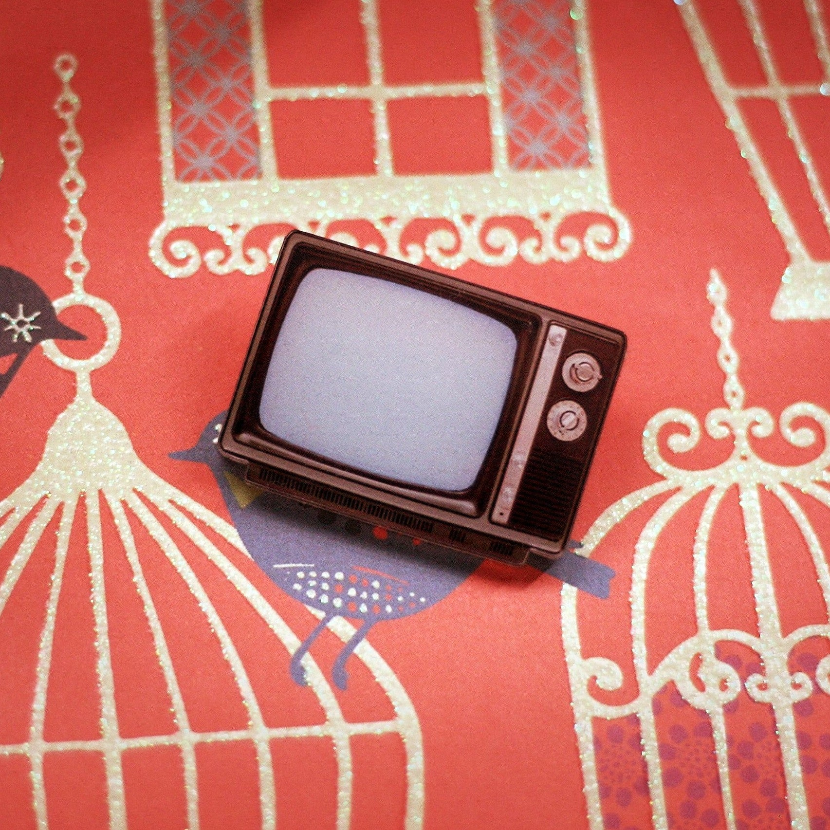 Retro television brooch - Ice Cream Cake