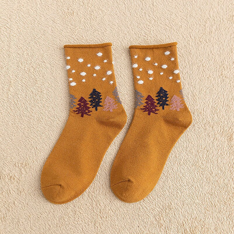 Snowy Woodland Ankle Socks (8 Colours)