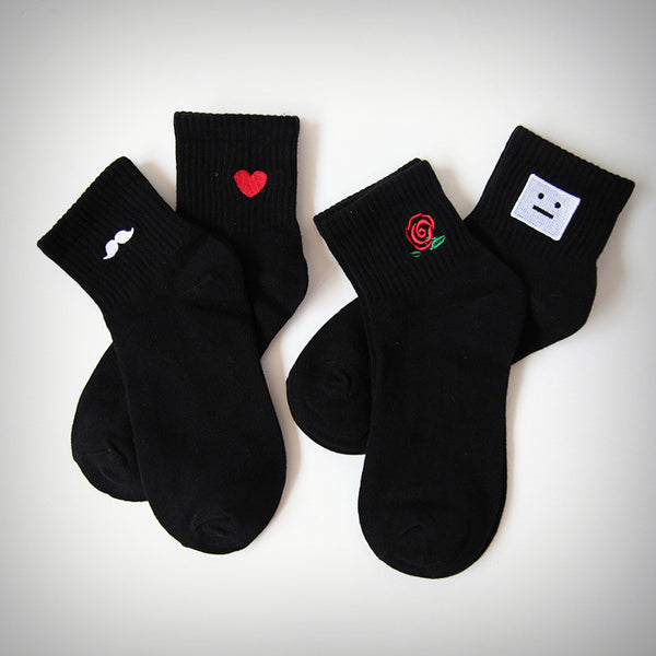Black Embroidered Ankle Socks - Ice Cream Cake
