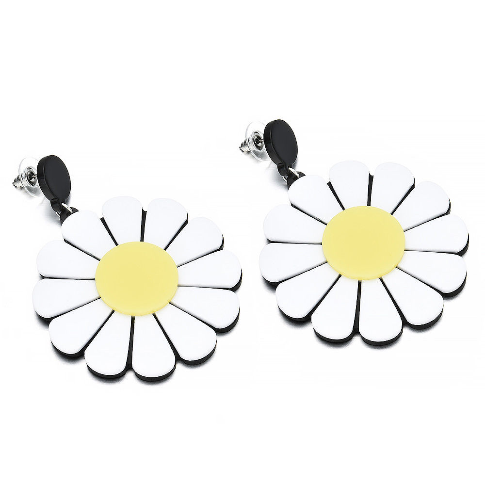 Acrylic Daisy Earrings - Ice Cream Cake
