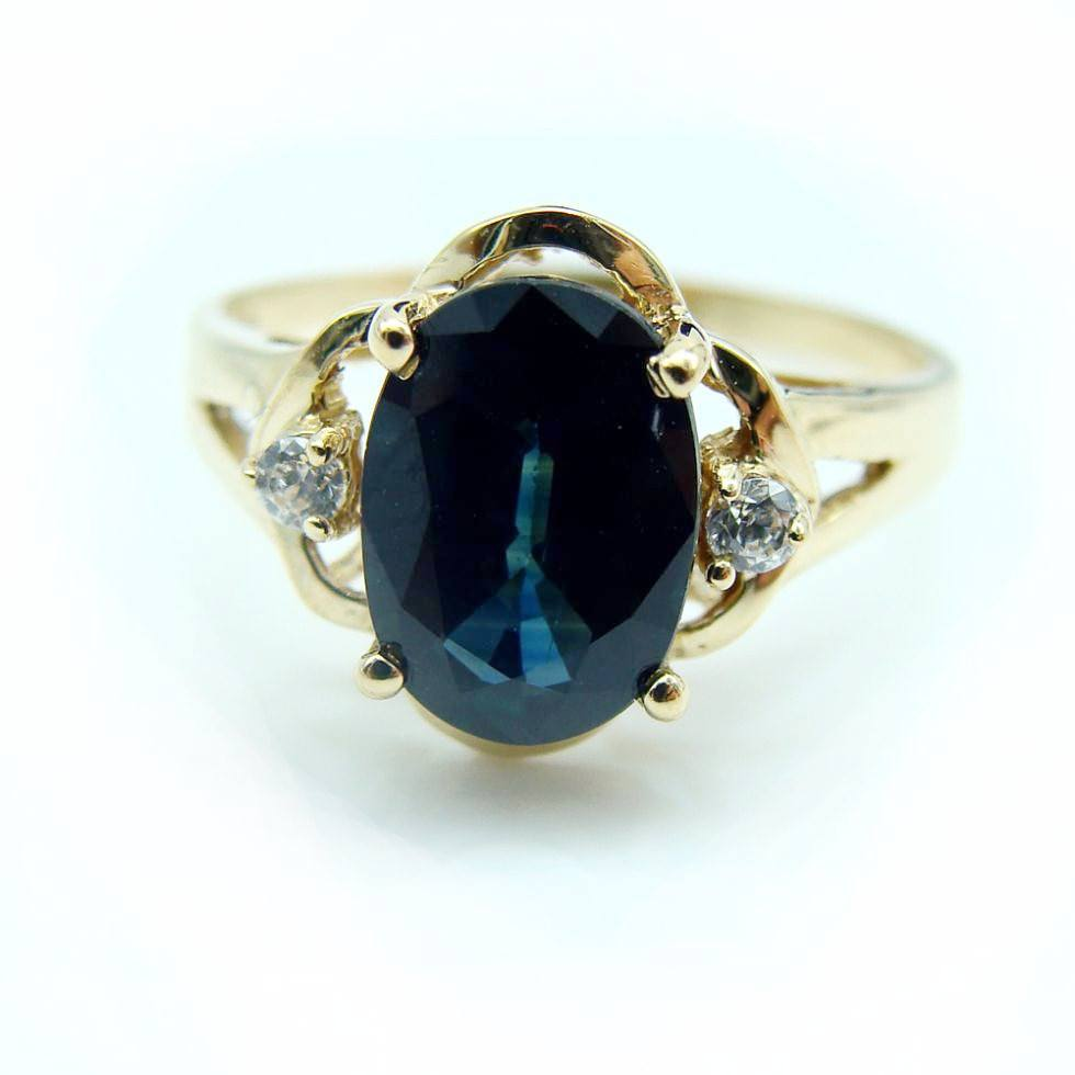 Natural Sapphire and Diamond 18K Gold Ring - Stones and Sparkles