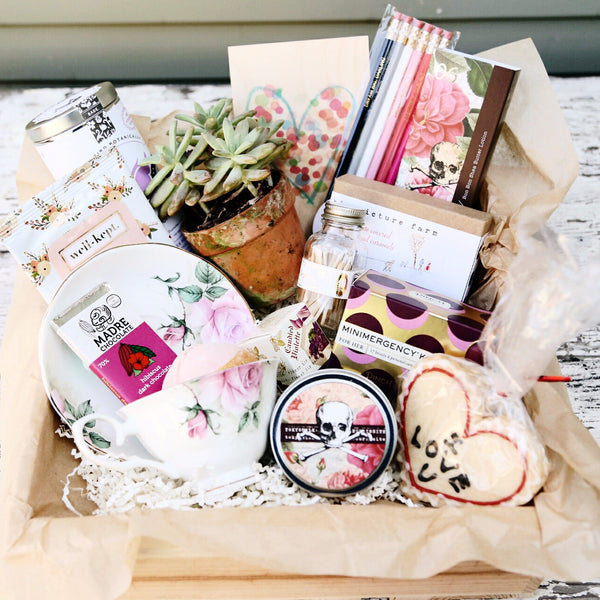 Nifty Package Co. Gourmet Gifts: Sweet Essentials