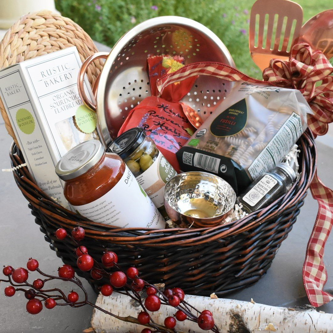 Nifty Package Co. Gourmet Gifts: Master Chef Italian Dinner Basket