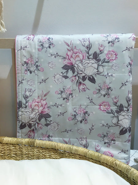 Floral Sketch In Grey - Bassinet Blanket