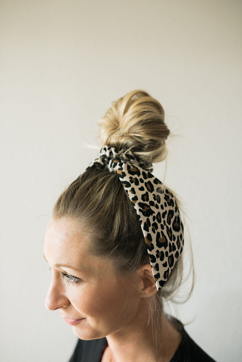 Leopard Bow Scrunchie - tan - Sweetly Striped