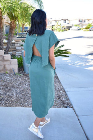 Relaxed Style Open Back Dress