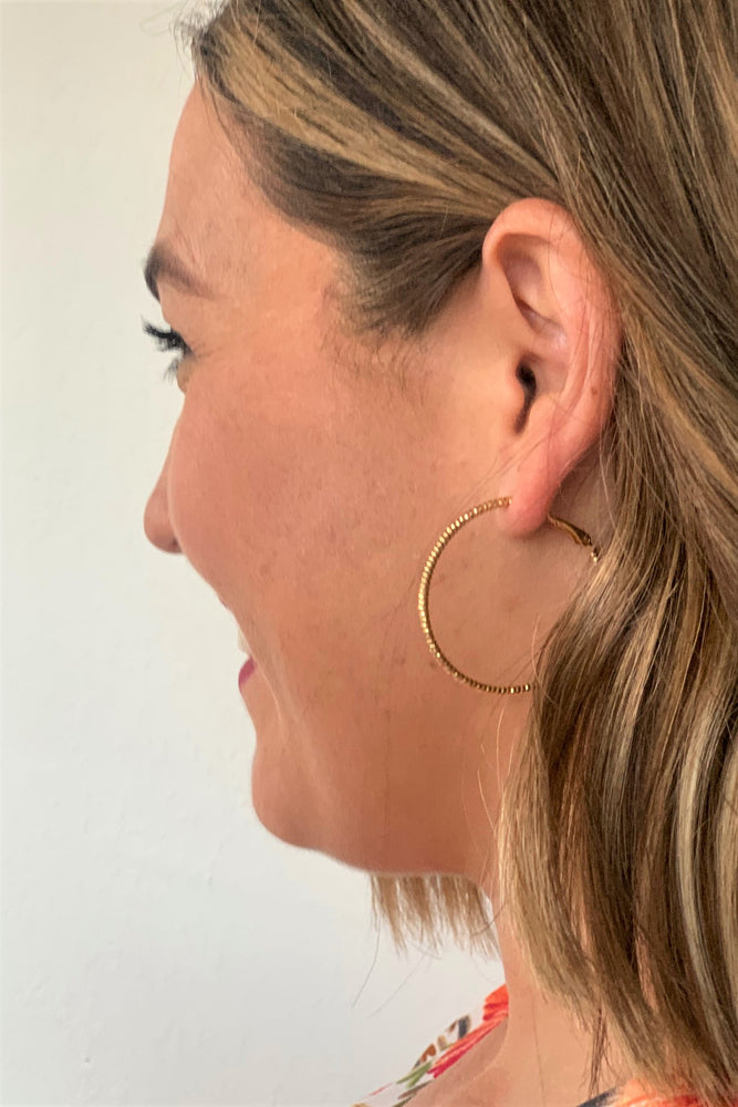 Dipped Detail Hoop Earrings - Gold - Sweetly Striped