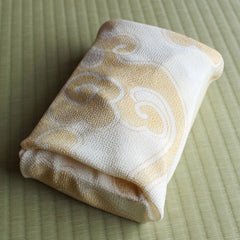 45 KARACHO Silk Chirimen Yuzen Dyeing | Clouds Cream