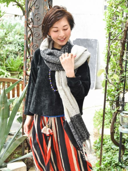 Plaid Pattern Melty Shawl-Scarves-Ametsuchi