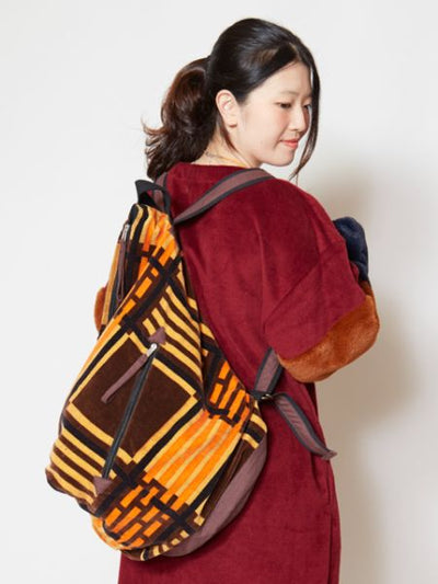 Plaid Pattern Velvet Backpack-Ametsuchi