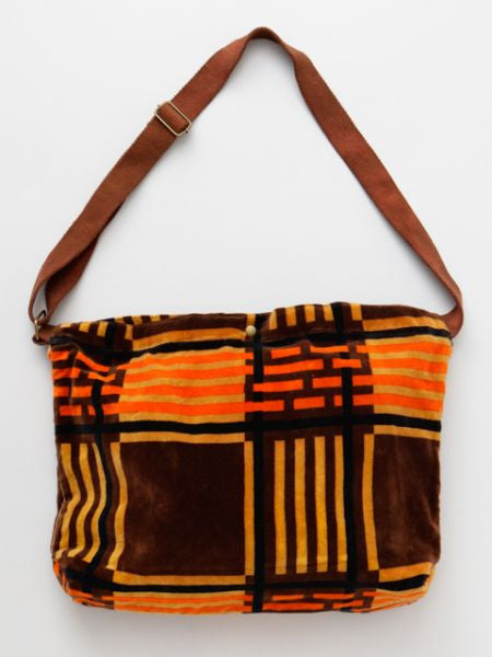 Plaid Pattern Velvet Shoulder Bag-Ametsuchi