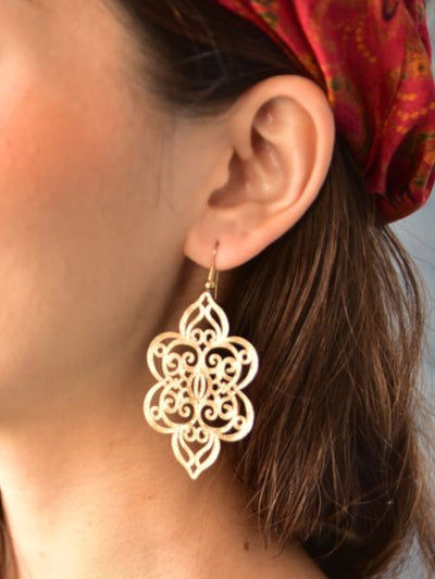 Oriental Pattern Openwork Metal Earrings -Earrings-Ametsuchi